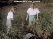 Ginger Lynn Allen Lois Ayres Bunny Bleu in vintage xxx scene