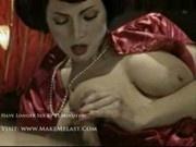 Ditchy an asian geisha show