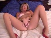 (Film Porno) MC mature - pantyhose hairy masturbation Archos