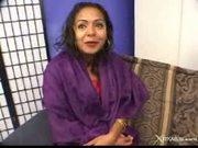 Nida wants to be a model - girls of the taj mahal
