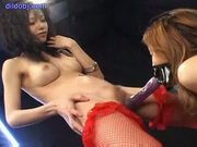 Lesbian facefuck squirting