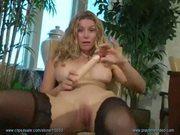 Heather vandeven from her playtime video