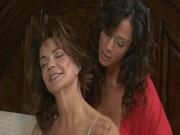 Ariella Ferrera and Deauxma