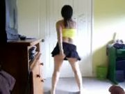 Chica chilena bailando