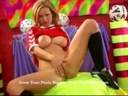 Paloma - Girl loves her balls