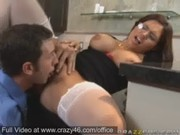 Jasmeen Lafleur loves a good old office poundage