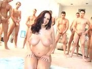 Gianna Takes Several Loads