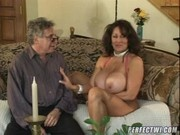 Hot Cougars Ashley, Carolyn with Pussyman Threesome