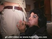 Incredibile Lesbo Amatoriale e Pompini - Amazing Amateur Lesbo