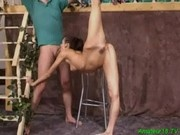 Gymnast babe fucked and oral
