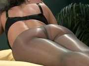 Alicia Dimarco in Pantyhose