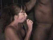 FloridaDD-Big pro-am redhead gets fucked in hotel by her first black cock