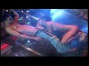 Follando en la discoteca