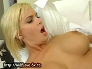 MILFy blonde fuck