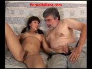 young Italian girl loves cock mature ragazza giovane italiana ama cazzo maturo