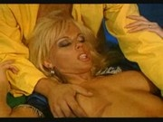 kelly trump having groupsex (Jeannie)
