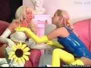 Latex lesbian kinky trio in hot rubber fetish