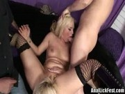 Tara Foxx and Rachel Love - Oral Threesome Action With Blonde Babes