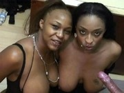 Ebony beauties Carmen Hayes & Vida Valentine in cum swap