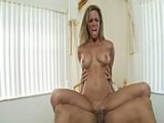 Newcomer Punts Hot Cunt