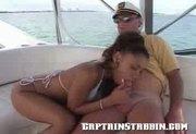 Sail by stabbin