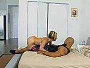 Crazy Neighbor, Crazy Sex
