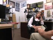 Nasty pawn keeper bangs hot amateur babe in his pawnshop