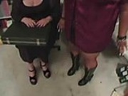 Two BBW chicks suck one dick