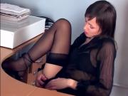 Pretty Hottie Probes Pussy Anonymously