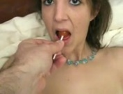 Hot Teen Sucking a lollipop, Beautifull!!