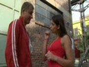 sexy Zafira gives a great handjob outside
