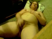 BBW masturbates on cam