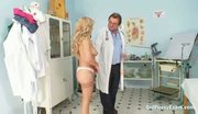 Mature Jirina opens up her legs for doctor inspection