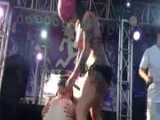 Amateur Juggalettes Go wild on stage in public