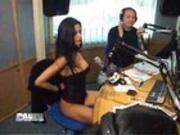 Helena Karel nue dans une emission Française