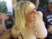 Old French mature whore gets fucked outdoor