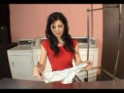 Guy Meets Hot Chick in Laundry Room