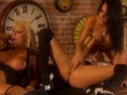 4 sexy hot babes suck lick and finger fuck eachother