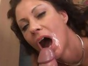 Saucy bitch Vanessa Videl gets her mouth creames right after a  nice hard slam