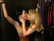 Lesbian bondage pump n fuck