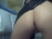 Hot Brunette Masturbates On Webcam