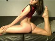 Solo Chick Squirting Via Webcam