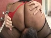Amber Swallows bounces that Phat Badonkadonk