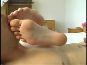 Anita gets feet licked & cumshot