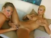 Beauty lesbian babes licking juicy pussy and toying