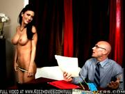 Jessica Jaymes Horny At Work