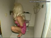 Amateur shemale and gloryhole