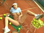 Hot teen fingers her slit on tennis court