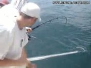 Guys On Boat Catches Shark & Bashes It To Death