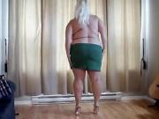 Horny Bra-Busting Older Woman Jills Off All Alone